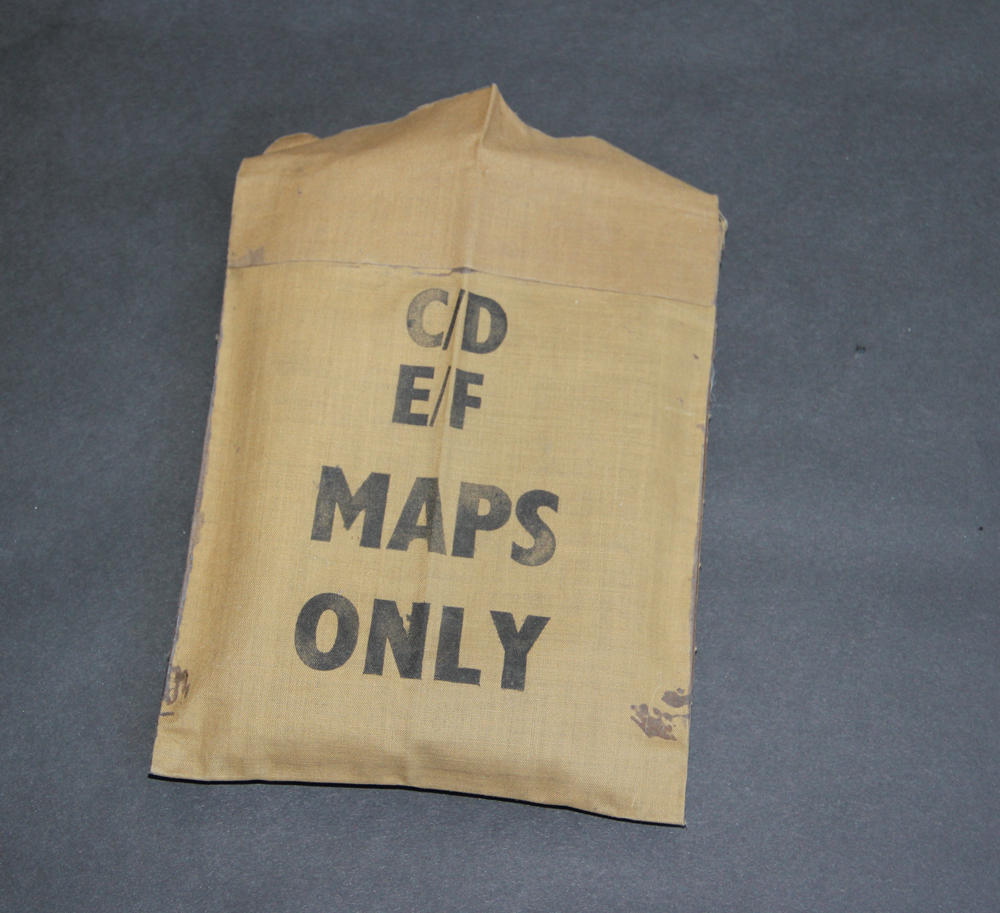 us paratrooper silk escape map pouch with original contents ww2